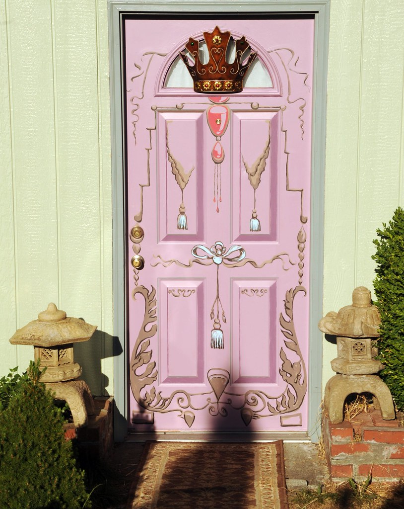 ... Leaves Lilac Front Door, Decorative, French Style, Crown, Ribbons,  Jewels, Leaves