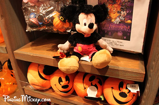 Halloween Time plush | by Finding Mickey