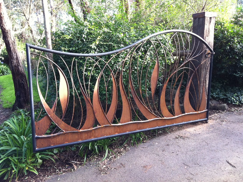 Art metal driveway gate mt forged