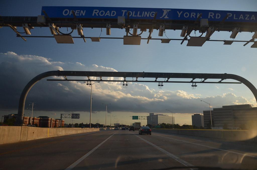 I-88 Illinois Tollway IPass Lanes