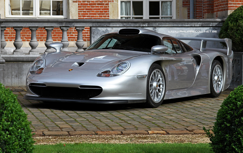 porsche 911 gt1 what a car during the antwerp concours. Black Bedroom Furniture Sets. Home Design Ideas