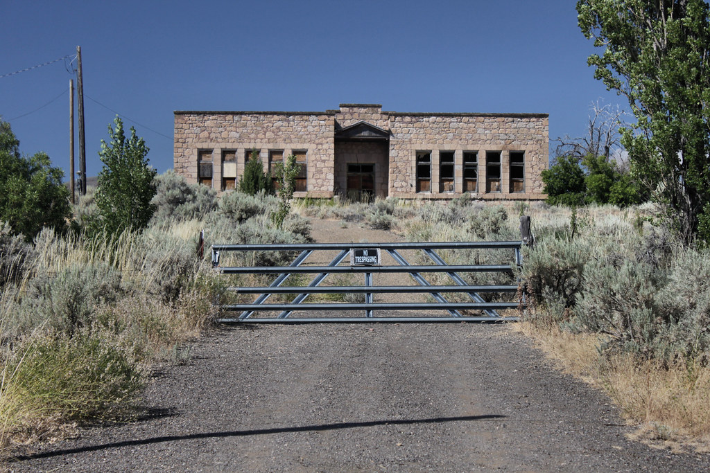 fort bidwell black personals Fort bidwell, ca has a population of 242 people with a median age of 345 and a median household income of $22,262 between 2015 and 2016 the population of fort bidwell, ca grew from 204 to 242, a 186% increase and its median household income declined from $25,500 to $22,262, a 127% decrease.