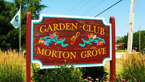 The roadside Garden Club of Morton Grove wooden sign.  Morton Grove Illinois USA. August 2011. | by Eddie from Chicago
