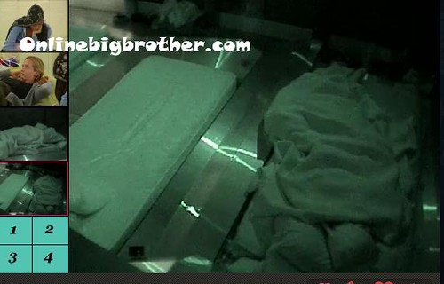 BB13-C4-8-22-2011-3_42_27.jpg | by onlinebigbrother.com
