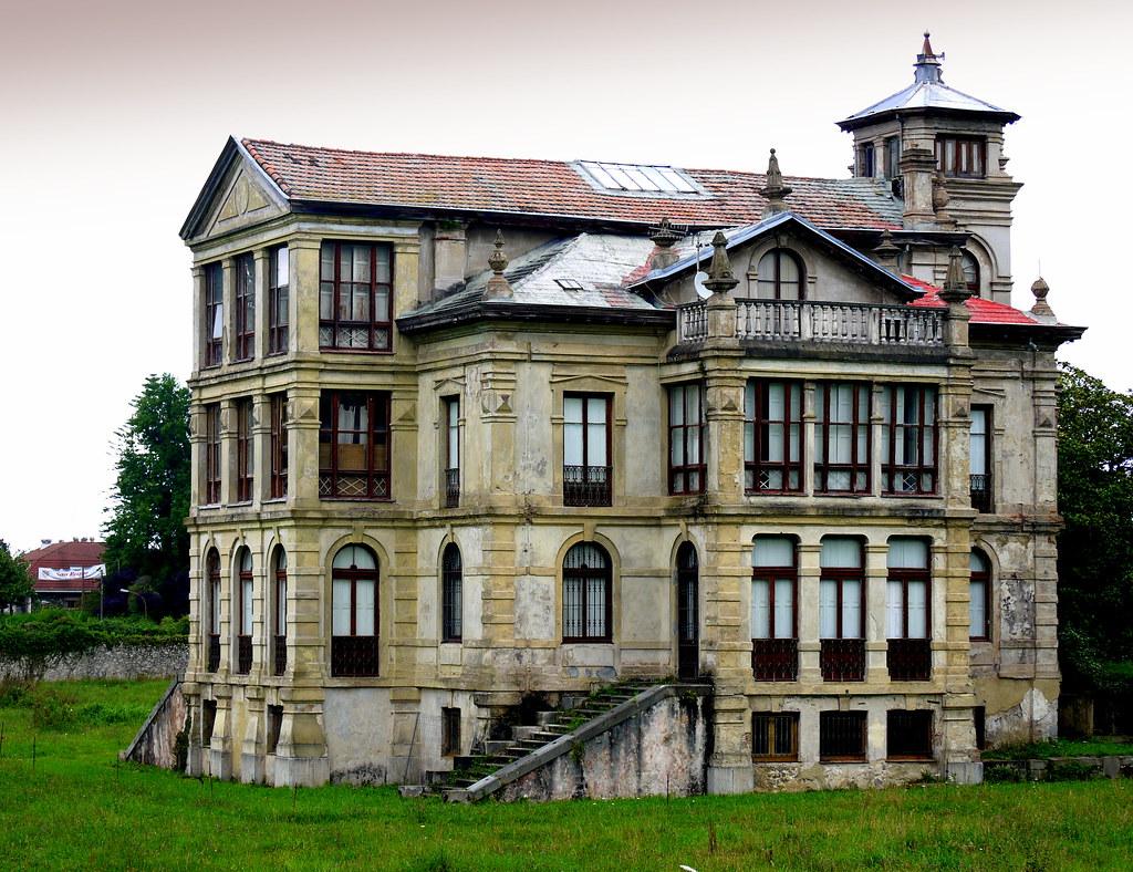 Palacio partarriu la casa de la pelicula el orfanato l - Casas de peliculas ...