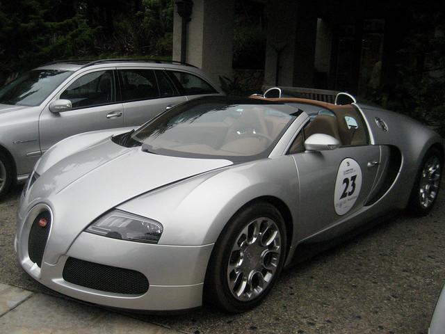 million dollar car bugatti veyron parked at inn at. Black Bedroom Furniture Sets. Home Design Ideas