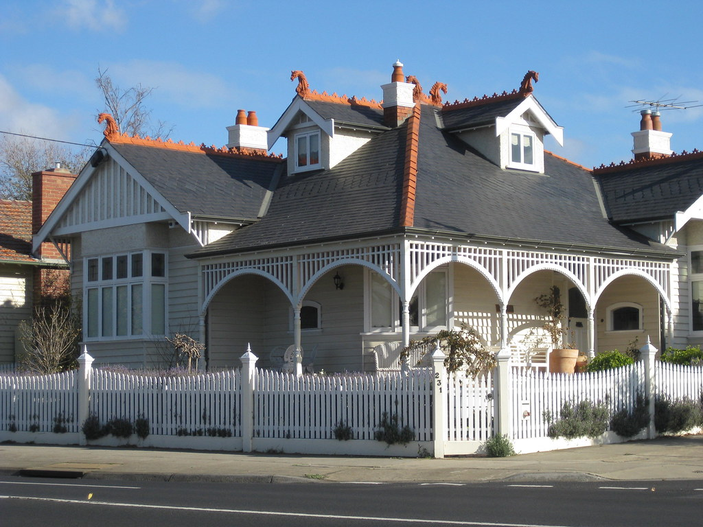 A Large Queen Anne Style Villa Essendon Built On A
