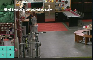 BB13-C4-9-3-2011-12_05_48.jpg | by onlinebigbrother.com