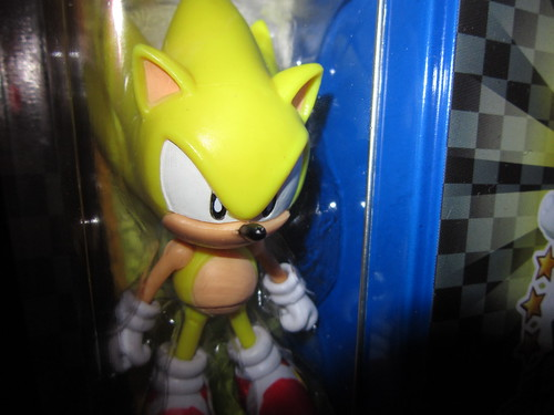 Sonic 20th Anniversary Figures with Tin - Classic Super Sonic Close Up | by Tanooki's Stuff