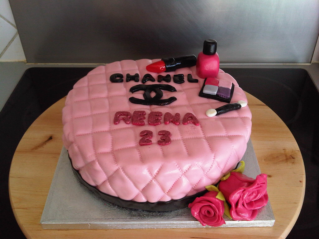 Fullbloomcakes Agnes Suprice Chanel Cake For Her Cousin R Flickr
