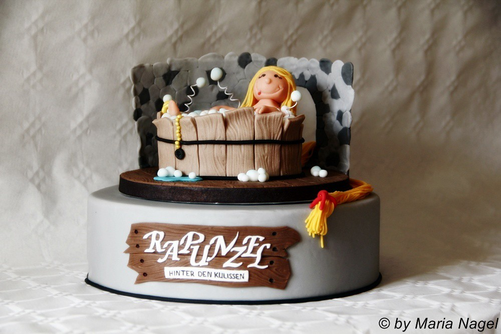 Rapunzel in der Badewanne (Rapunzel Cake)   Das Making-of de…   Flickr