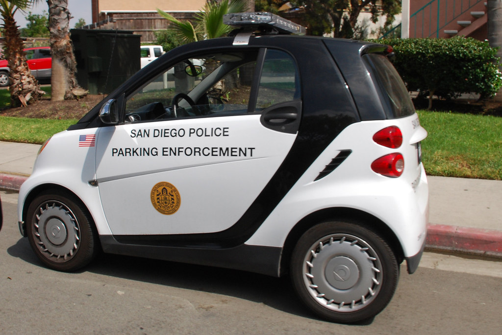 sdpd smart car san diego police parking enforcement car so cal metro flickr. Black Bedroom Furniture Sets. Home Design Ideas