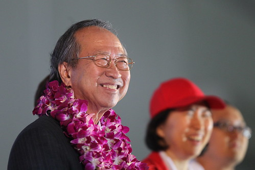Tan Cheng Bock and wife at his rally, Aug 25