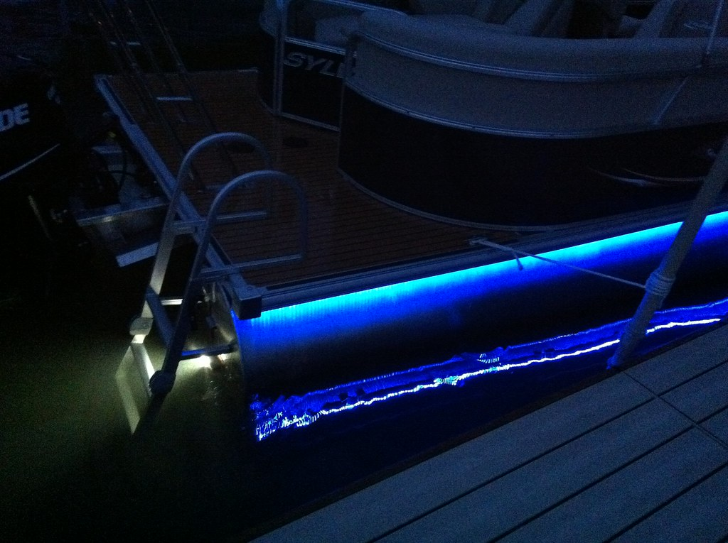 2012 Sylvan Pontoon Babbito Underdeck And Underwater Light