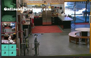 BB13-C3-9-12-2011-11_01_53.jpg | by onlinebigbrother.com