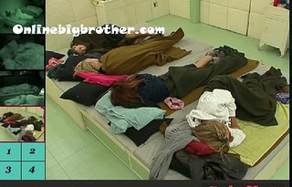 BB13-C4-8-12-2011-8_01_52.jpg | by onlinebigbrother.com