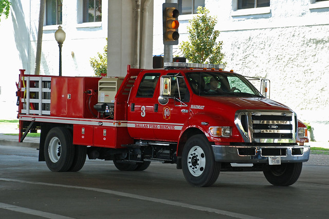 Dallas Fire Dept Ford F 750 Of The Dallas Fire Dept By So Cal Metro Flickr Photo Sharing