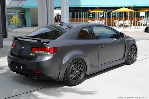 Kia Forte Koup-R   Never thought I'd take a picture of a ...