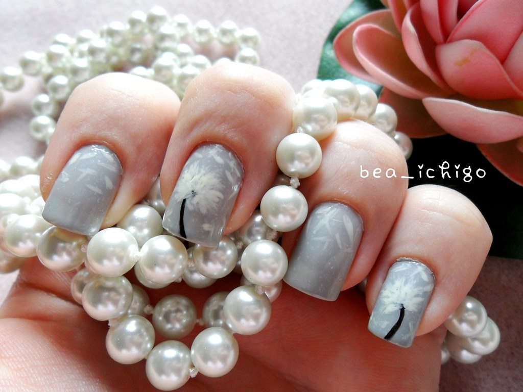 Dandelion nail art | As seen in a picture on tumblr some tim… | Flickr
