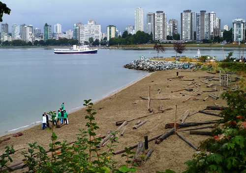 Great Canadian Shoreline Cleanup/Red Leaf Project - Vancouver | by Molson Coors Canada