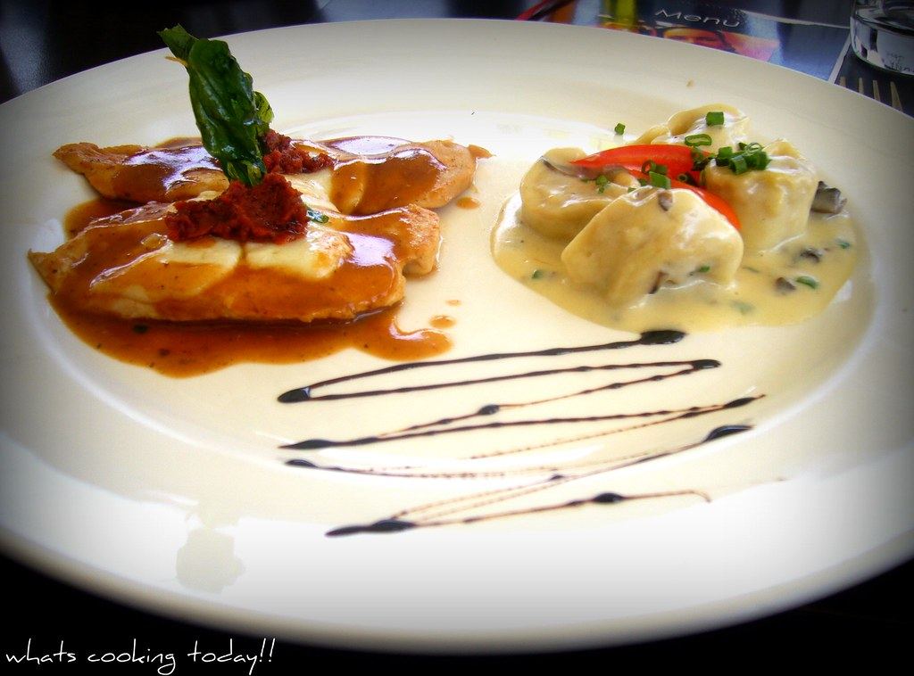 Chicken Scaloppine in a White Sauce with Buffalo Mozzarell… | Flickr