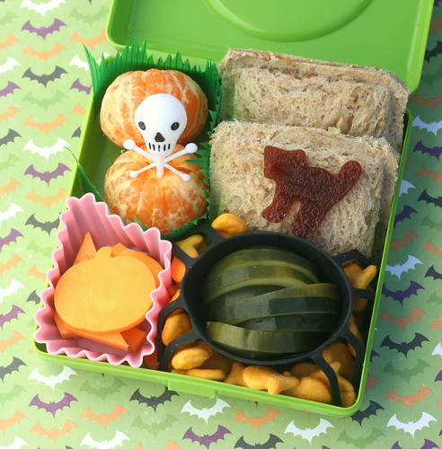 halloween disaster bento lunch | by anotherlunch.com