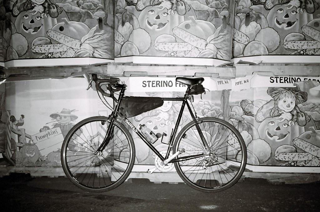 Surly Pacer | 60cm Black Frame Jandd Frame Bage and Seatbag … | Flickr