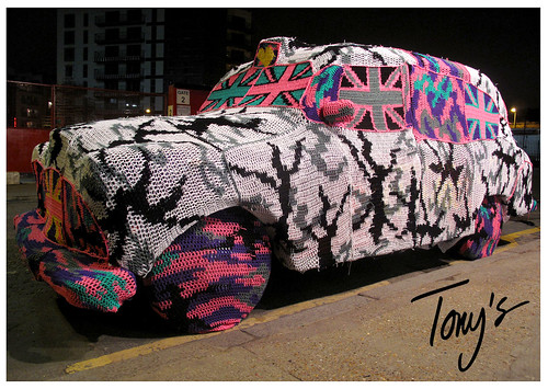 OLEK TAXI OUTSIDE TONY'S GALLERY LONDON | by Tonys Gallery