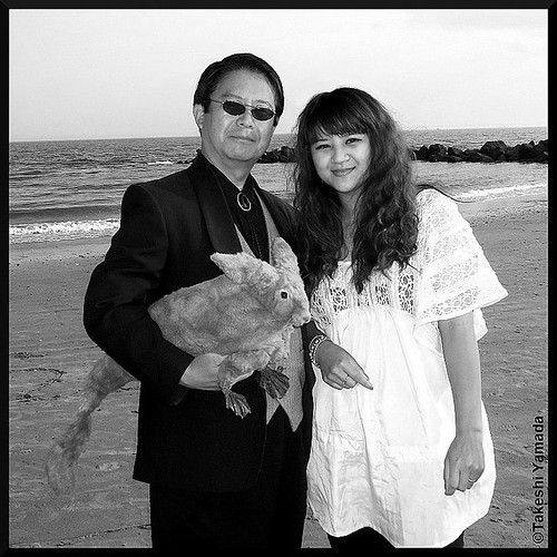 Seara (sea rabbit), Dr. Takeshi Yamada and mermaid at Coney Island Beach in Coney Island, Brooklyn, New York. (September 14, 2011)  Black and White photograph  20110914 100_2714 | by searapart7