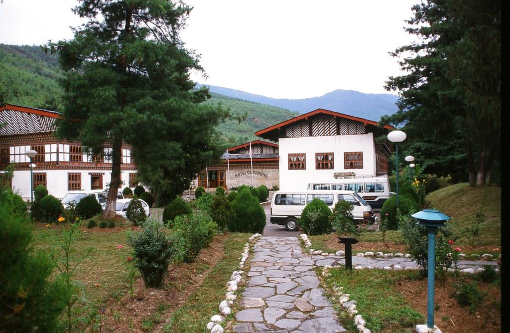 Резултат с изображение за хотел Olathan Паро