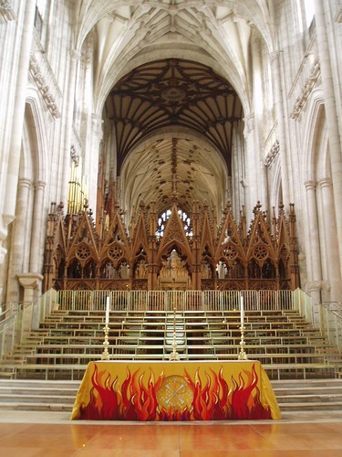Nave Altar, Winchester...