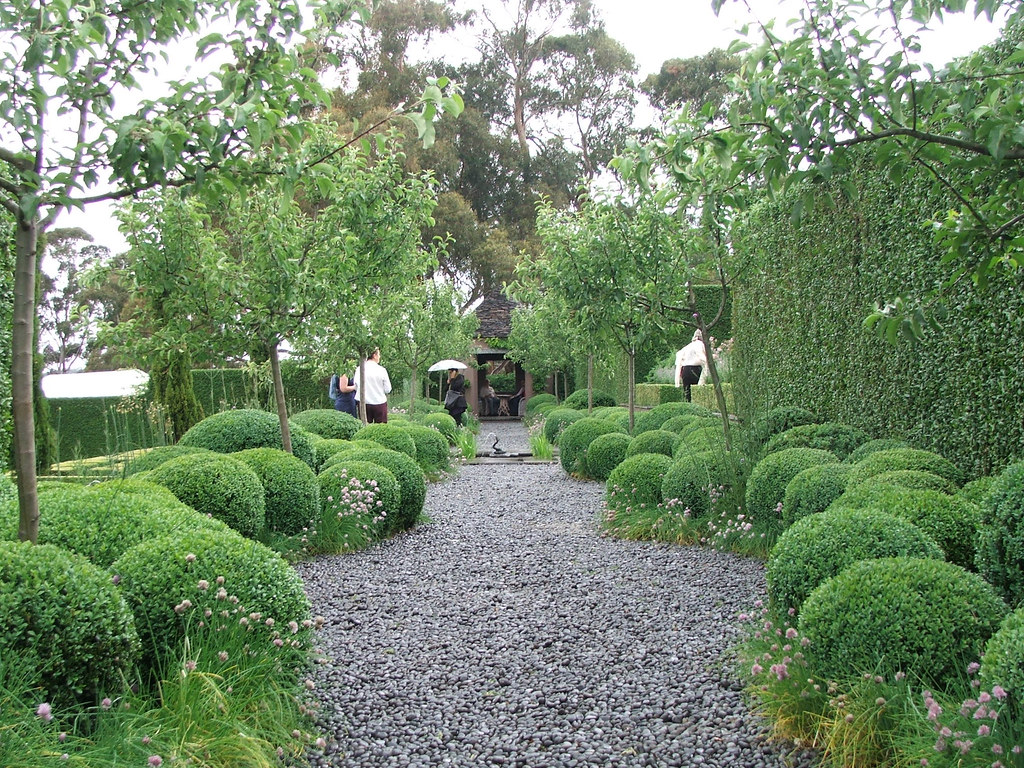 Allium path | At each end of this semi-formal terrace sits ...