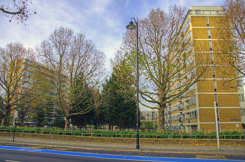 Churchill Gardens estate | by yorkshire stacked