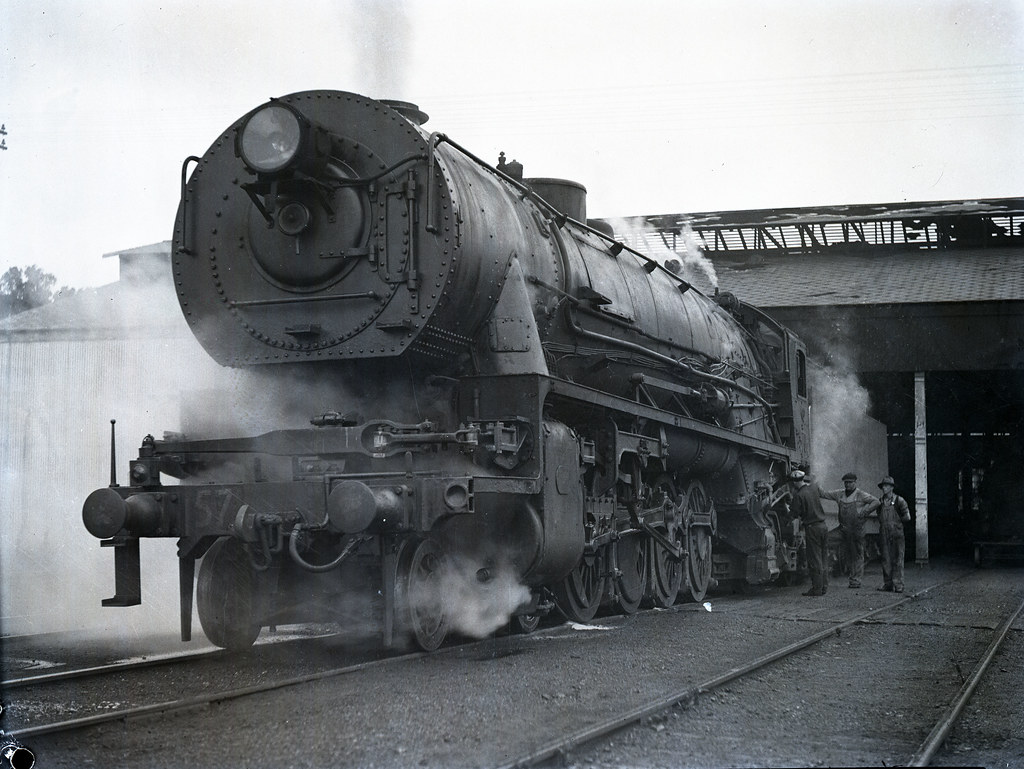 Steam Locomotive D57 Class 4