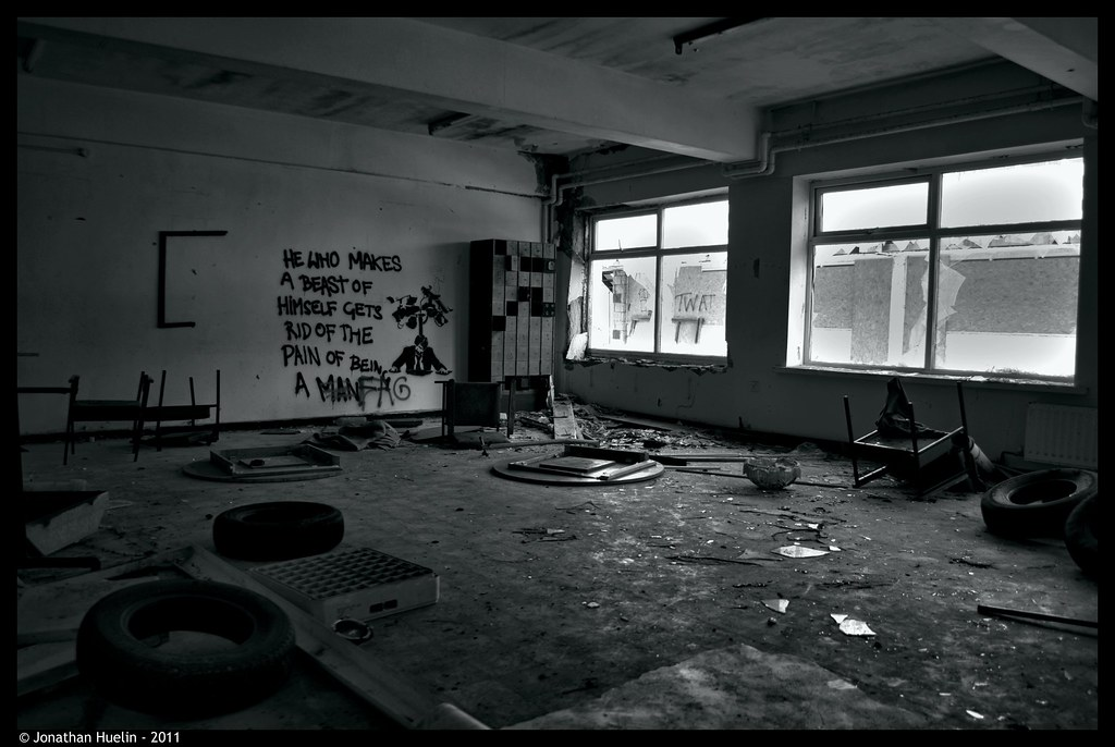 Pontins Jersey Run Down Room What Is The Current