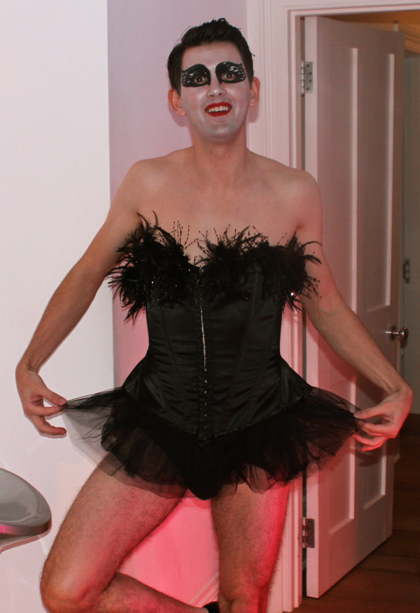 ... Black Swan Drag Queen Halloween Costume 2011 | by edikeskin  sc 1 st  Flickr & Black Swan Drag Queen Halloween Costume 2011 | edikeskin | Flickr