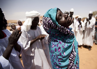 UN Disarmament Section Reaches Out to Darfur Community | by United Nations Photo