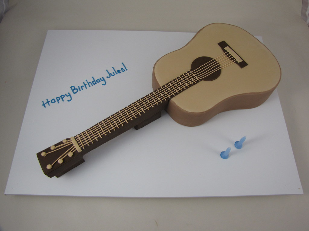 Acoustic Guitar Cake Images : Guitar Cake Acoustic Guitar Cake. Chocolate Mud Cake ...