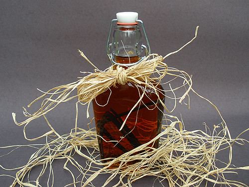 Spiced Rum Vanilla Extract | by culinarycory