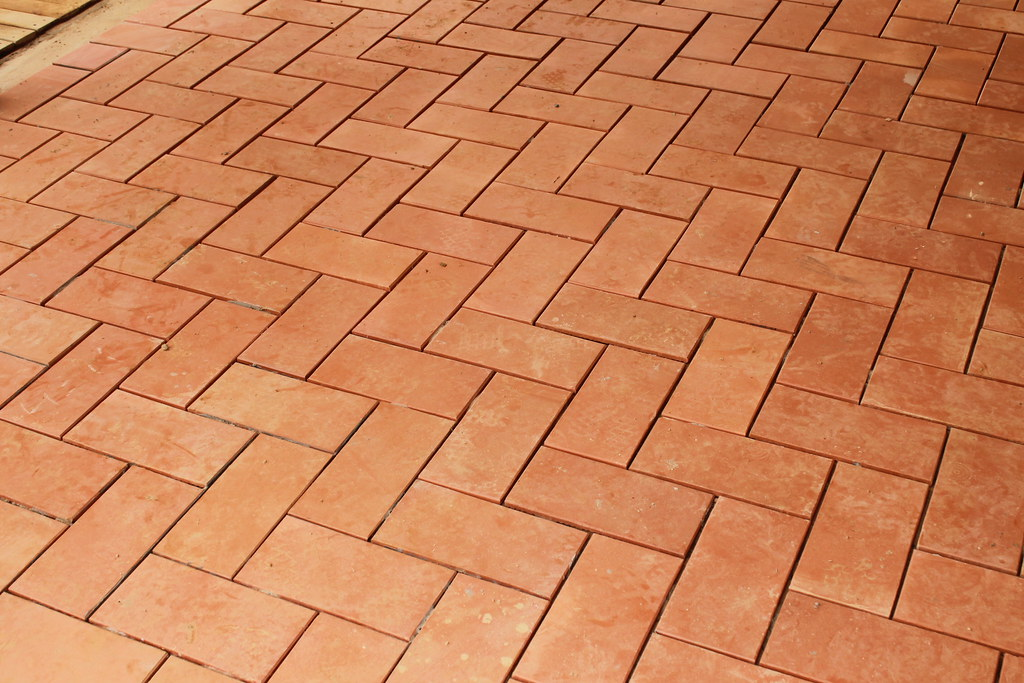 Avance de obra casa mila pisos en ladrillo pisos en for Pisos ceramicos rusticos para interiores