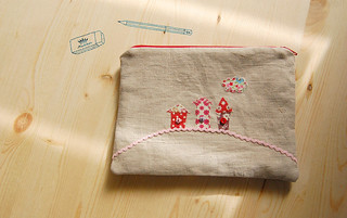 My 3 Houses on a Hill Pouch | by zakka inspired