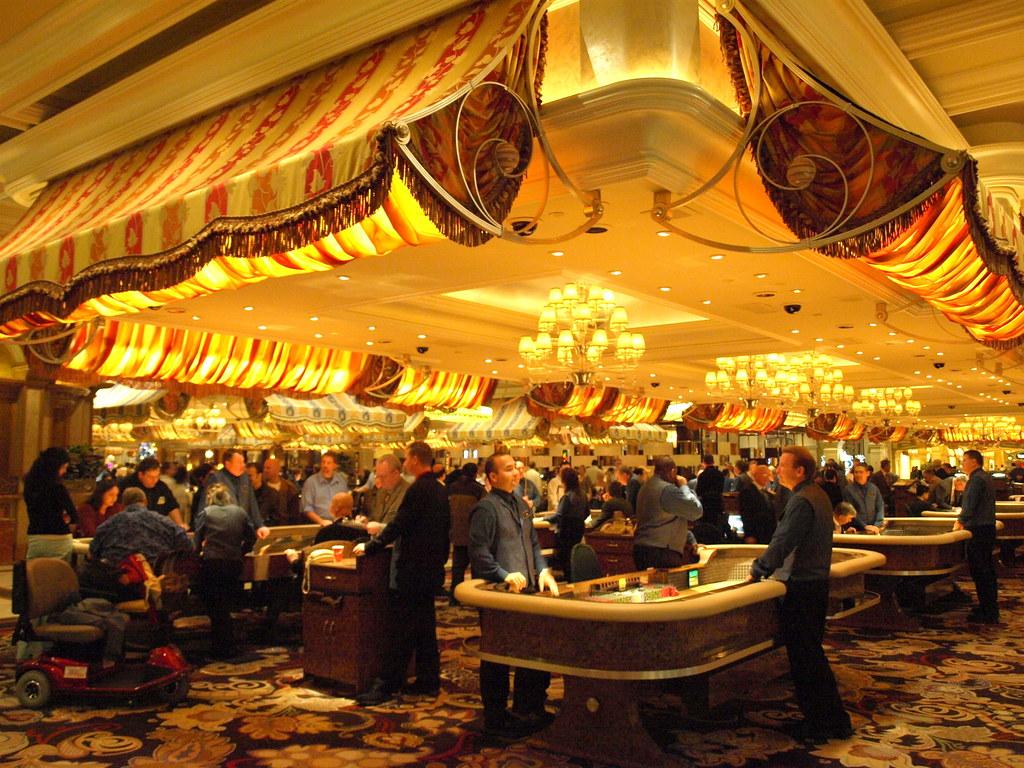 Canada gambling age 2014