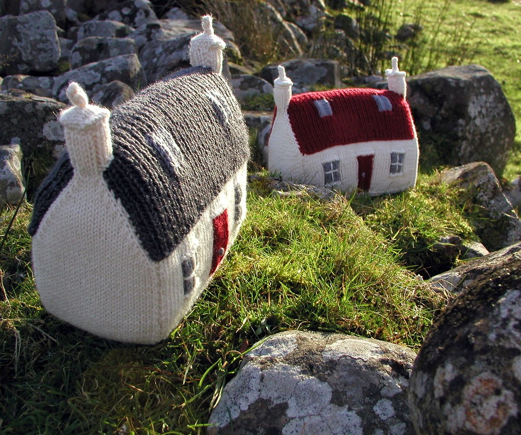 The Red Roof Croft House A Hand Knitted Things Design