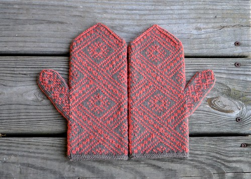 Madalina Mittens | by MandyPowers