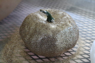 Dollar Store Glitter Pumpkins | by Trisha B Designs