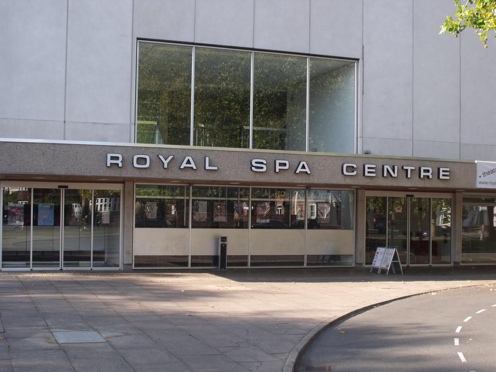 Spa Centre Leamington Pantomime