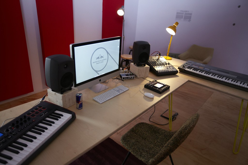 Groovy Bedroom Studio Photocredit Dan Wilton Red Bull Content Poo Largest Home Design Picture Inspirations Pitcheantrous