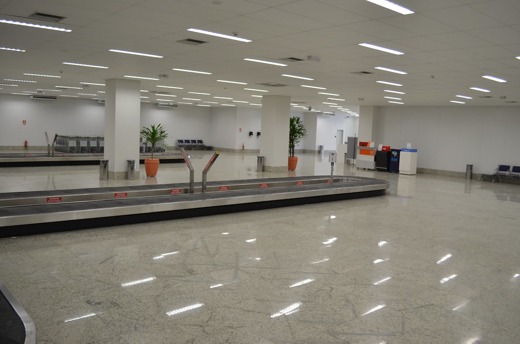 Aeroporto De Vitoria : Aeroporto de vitória es vista interna da área