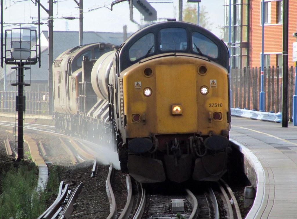 Class 37 37510 Railhead Treatment Train 48 Year Old