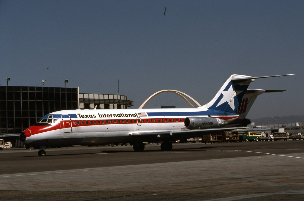 Texas International Airlines, McDonnell Douglas DC-9-14 ...